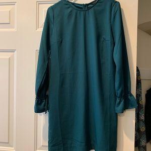 Banana Republic NWOT emerald shift dress